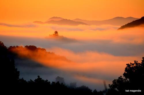 Kat clouds