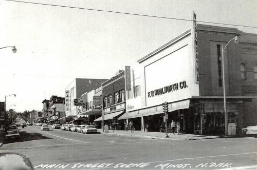 Main Street, Minot